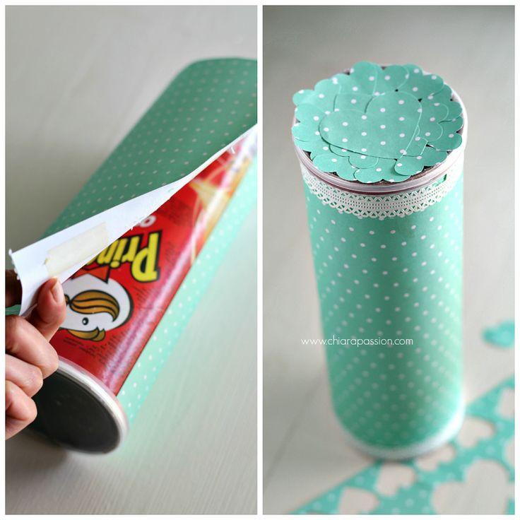 Pasqua Homemade:Porta biscotti con tubo di Pringles Chiarapassion