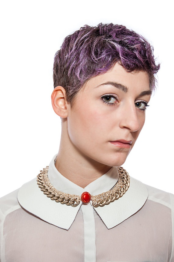 how to wear a large collar necklace