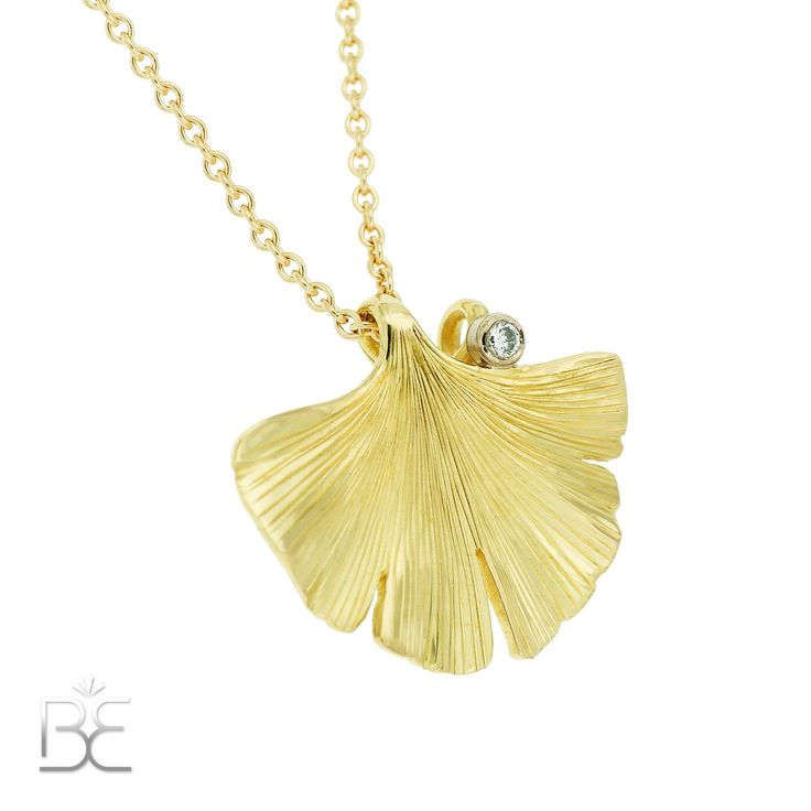 Yellow gold Gingko-leaf with diamond.  Commisioned work by Sabine Eekels