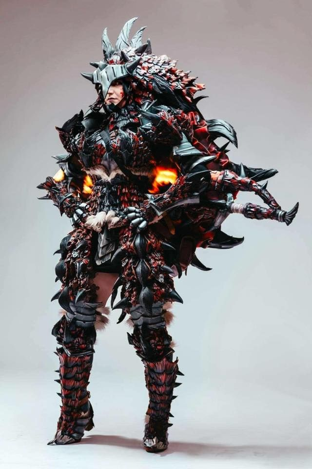 Rathalos Armor From Monster Hunter Cosplay By Ellothin Cosplay