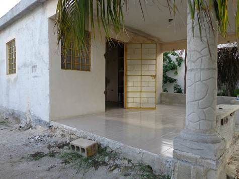 Home For Sale in Chelem Yucatan Chelem, Yucatan. For Sale at $583,000.00. Calle 25 Number 30, Chelem Yucatan Mexico.