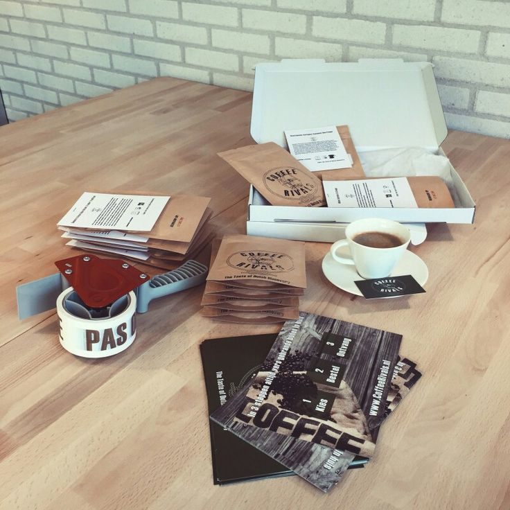 De #koffie #pakketten klaar voor bezorging. #pas #op #hete #koffie #coffeerivals