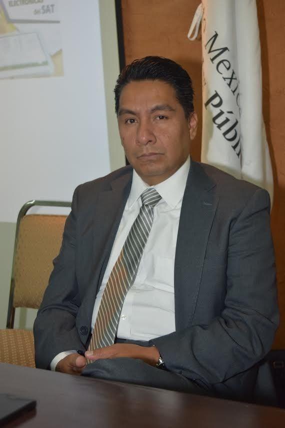 <p>Chihuahua, Chih.- El Instituto y Colegio de Contadores Públicos de Chihuahua ofreció el taller Dictamen Fiscal SIPRED y DISIF 2015, para capacitar