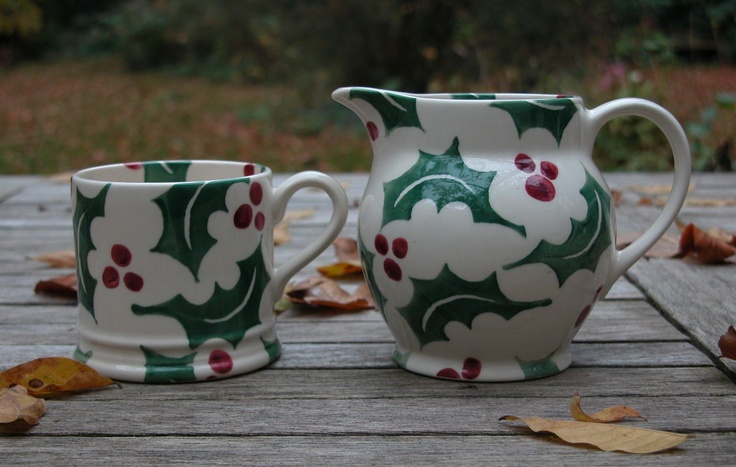 Emma Bridgewater old holly for Christmas!