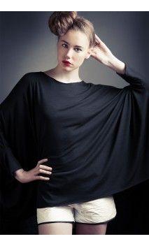 Fashion and tyvek #flowear #fashion ✻ www.flowear.org