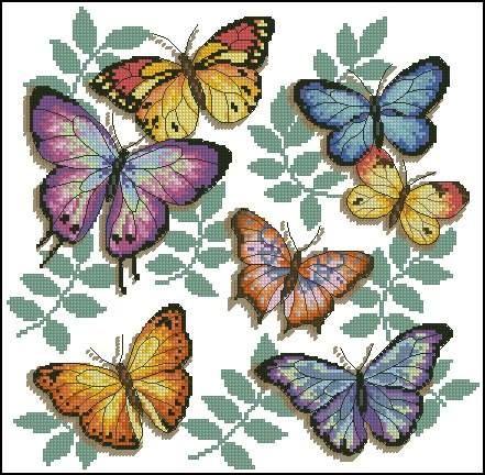 Mariposas bordadas en punto de cruz