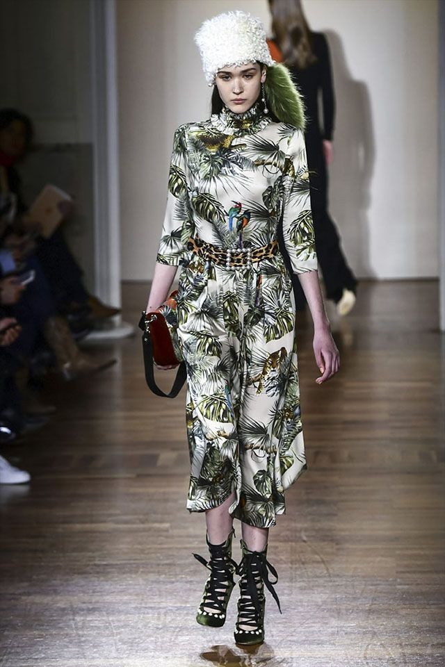 Milan Fashion Week: Trends That You'll Want to Wear in Fall 2018 | Fashion Designers | Fall Winter Seasons | Fashion Show | Design Event |  2018 Trends | Design Events #fashiondesigners #fallwinterseasons #fashionshow #designevent #2018trends #designevents