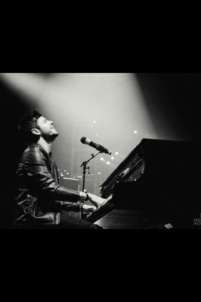 Pablo López y un piano, la mejor combinación posible