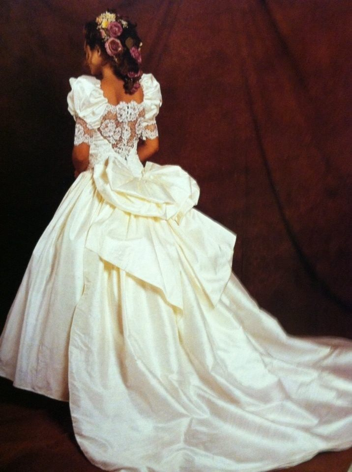 1000 images about 1980s vintage bridal on pinterest for Sarah seven used wedding dress