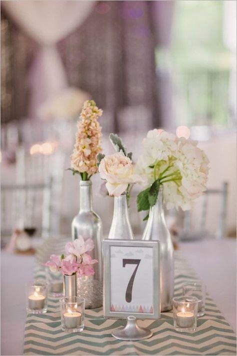 9 Centros de mesa para boda económicos con botellas