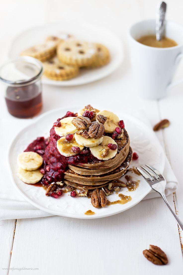 Ingwer-Pancakes mit Himbeersauce