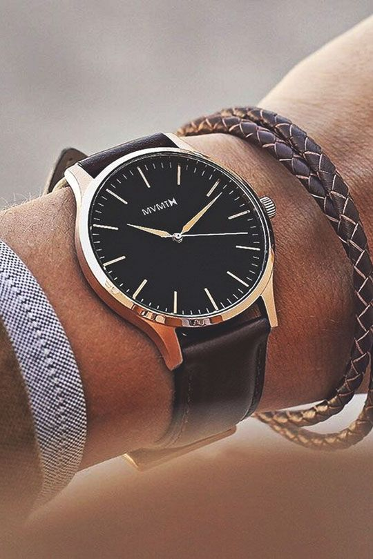 The 40 Rose Gold/Brown Leather MVMT watch.