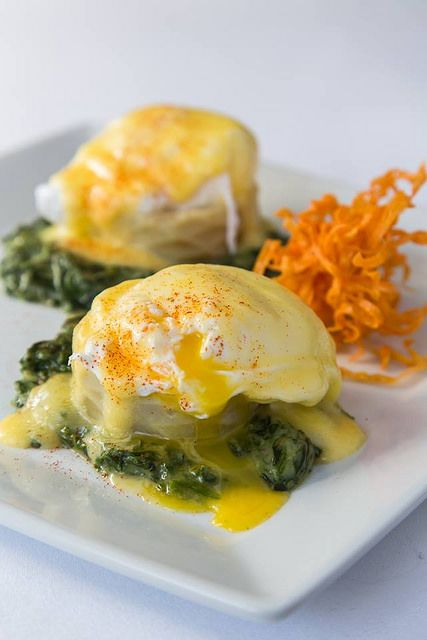 Eggs Sardou (poached egg on artichoke bottom with creamed spinach and ...