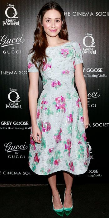 03/06/13: Emmy Rossum screened Oz the Great and Powerful in a beaded Oscar de la Renta cocktail dress and colorblock pumps. #lookoftheday