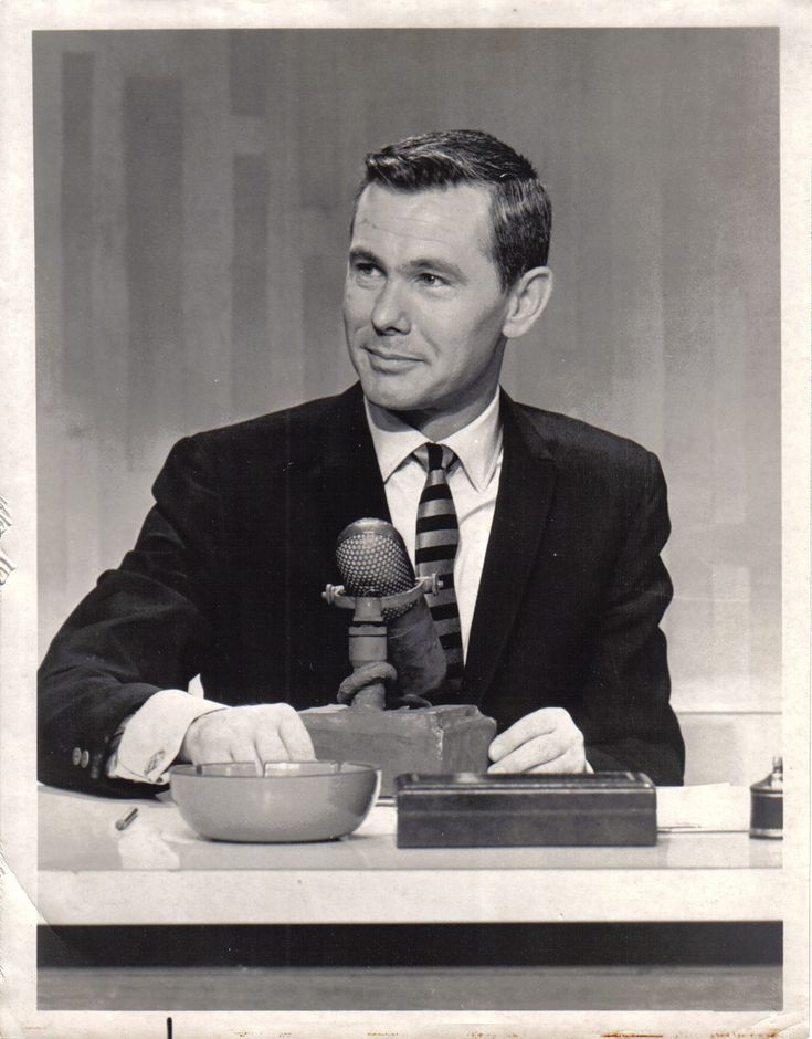 october 1962. johnny carson takes over the tonight show.