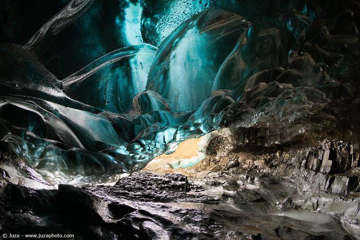 Grotta di ghiaccio, Islanda - Foto scattata con α7S Sito Web: www.juzaphoto.com