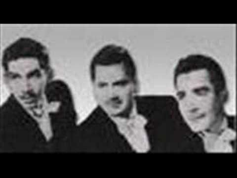 Trio Los Tres Ases - la puerta - - YouTube