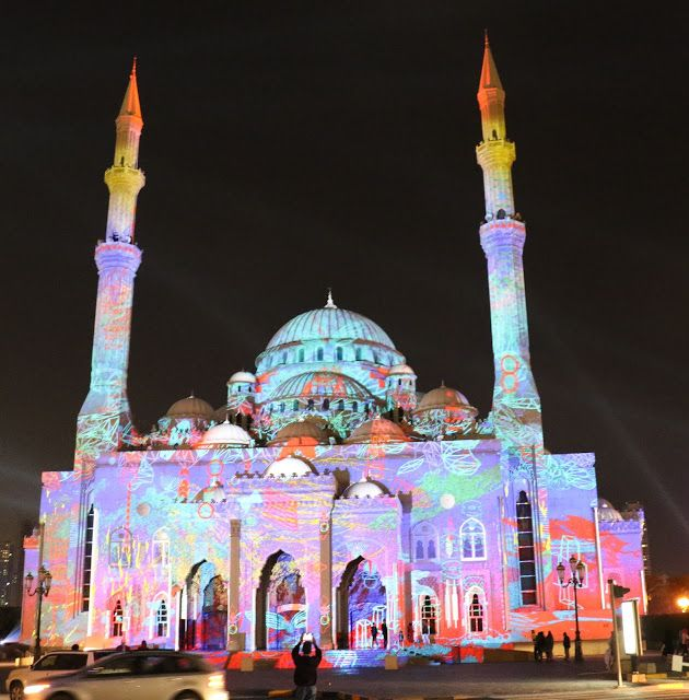 The Sharjah Light Festival locations include architectural landmarks, mosques and historic buildings. I saw them come to life with dazzling light displays