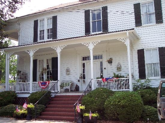 Plantation Bed And Breakfast Georgia