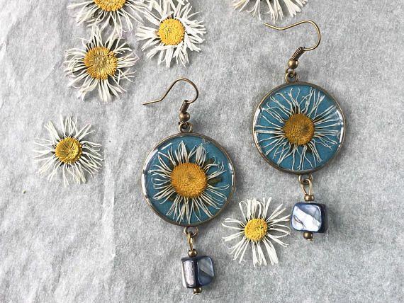 orecchini con margherite sfavillanti - gioielli naturali - fiori veri
