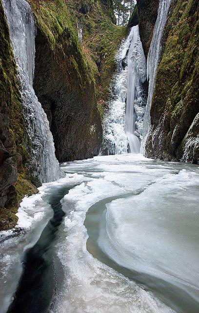 Frozen Falls - Columbia River Gorge, Oneonta Canyon, Oregon, United States