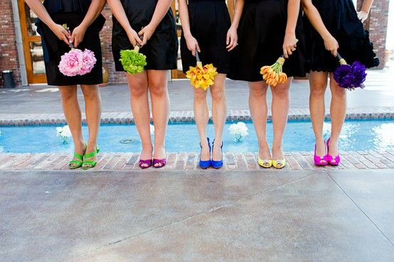 Black dresses with different shoes and non matching bouquets. So cute but I could never do this! Haha