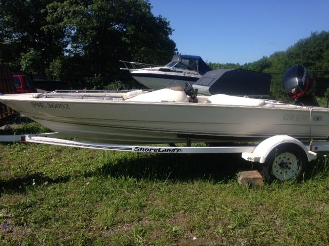 The GREW may not be brand NEW, but is the perfect option for anyone with teenagers or wants a fishing type boat for not a lot of money! Come check it out on our website www.muskokaboatgallery.com or call one us at our toll free number 1-844-855-6789