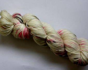 No Cities To Love - 4ply - Hand-dyed yarn Merino/bamboo blend
