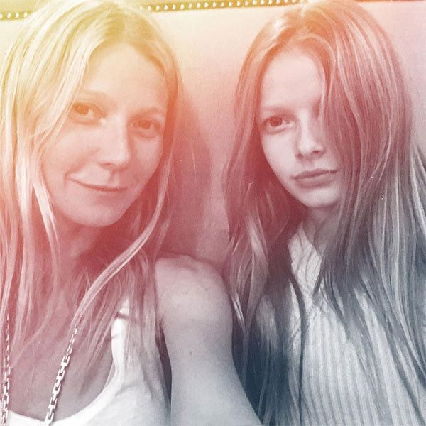 gwyneth paltrow super bowl images | Gwyneth Paltrow & Daughter Apple, 11, Are Twinning in New Photo, While ...