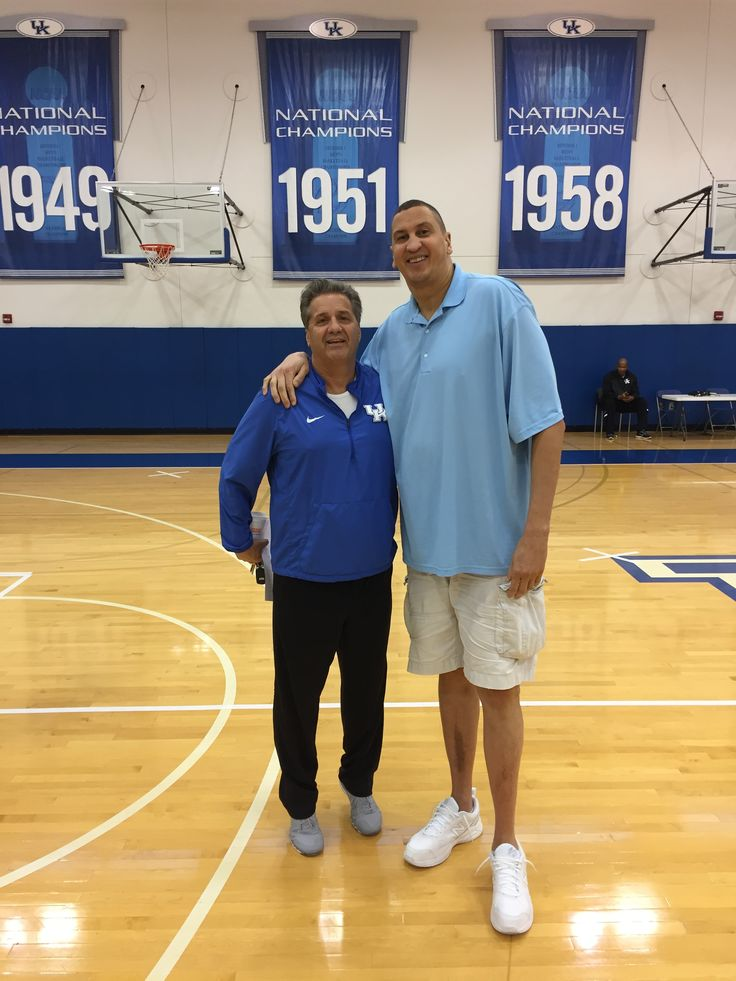 11-03-2016   Sam Bowie said he hadn't met Coach Cal prior to Calipari becoming the UK head coach, but Coach Cal reached out to him and has treated him as if he's still on the roster. (photo by CoachCal.com)