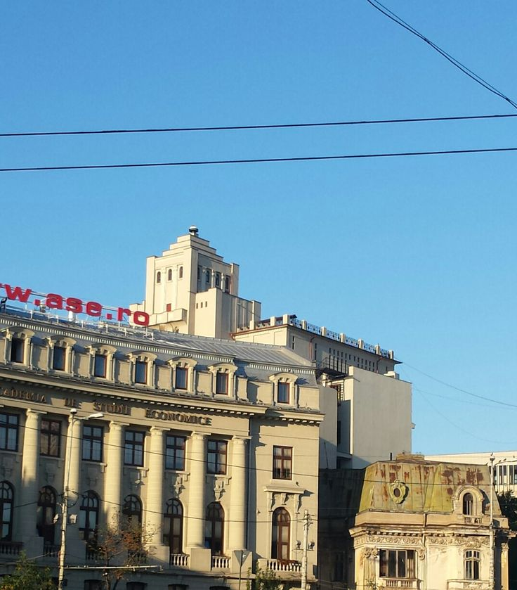 (Andrei Crisan, 2015)  Interesting mixture of architectural styles - quite typical for Bucharest.