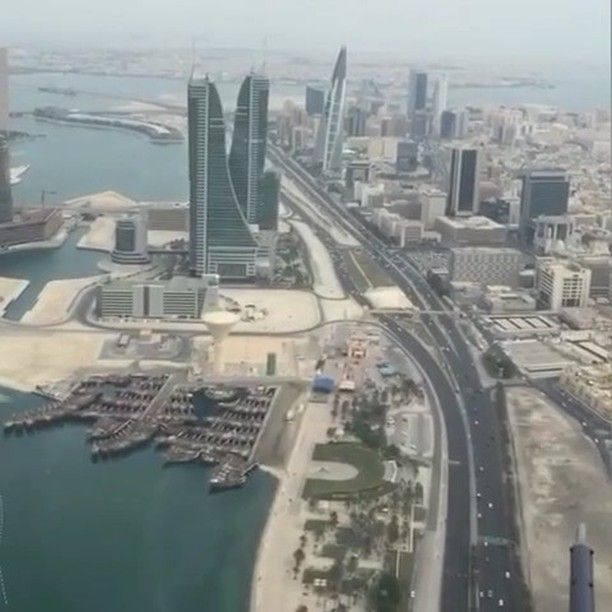 Dronebahrain منظر جميل لشارع الملك فيصل من مروحية وزارة الداخلية Instagram Video Instagram Videos