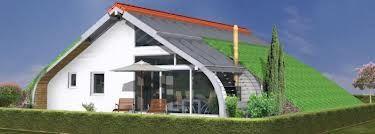 Das Bio-Solar-Haus: Es vereint die Vorteile vom Passivhaus, Niedrigenergiehaus, Fertighaus sowie Holzhaus und vermeidet dabei gleichzeitig die damit verbundenen Nachteile dieser Hausbauweisen. Ein umweltfreundliches, verbrauchsarmes und gesundes Holzhaus, das kaum Technik benötigt, ist der Traum vieler Bauherren.