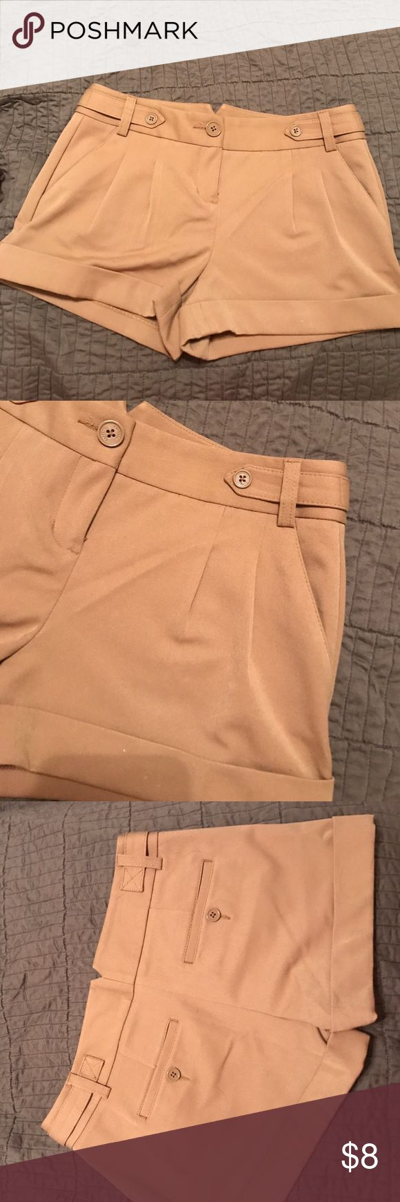 Dressy camel shorts Cuffed camel shorts. Nice thick material. Front slit pockets. Express Shorts