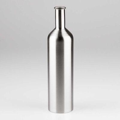 Ok, ok, il vino e l'olio possono stare nelle bottiglie di vetro o nei bag-in-box. Non vedo bene le lattine, non sono per roba d'alta qualità, e così pure il tetra pak, che può invece contenere vini da scaffale. Ma adesso mi viene un dubbio: e l'acciaio? Già, e se il vino e l'olio stessero bene dentro a bottiglie d'acciaio?  [Internet Gourmet]