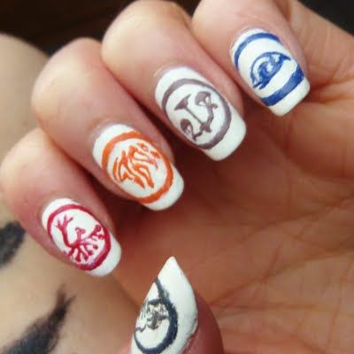 This nail art features the five factions intricately hand painted based from the book and movie Divergent. Watch the video to get the products used to DIY this manicure.
