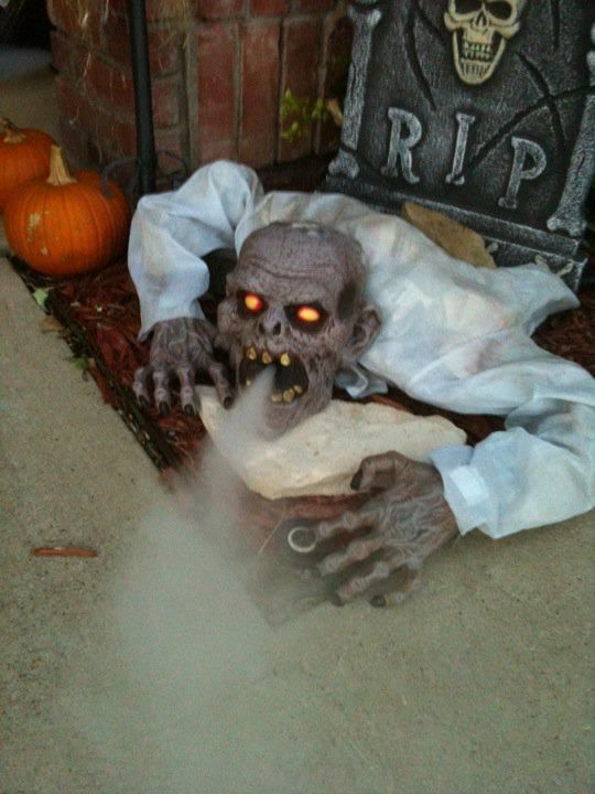 spooky outdoor halloween decorations - Scary Decorations