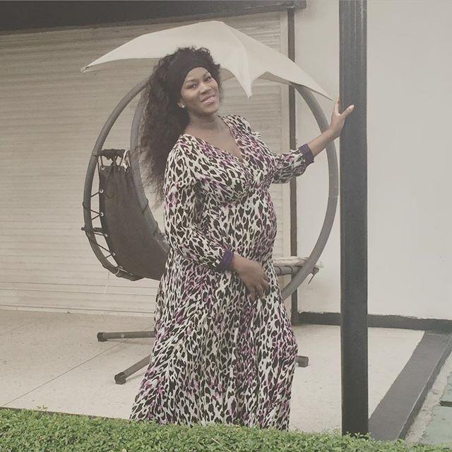 Pregnant Stephanie Okereke wows in animal print dress (PHOTOS) - MJ Celebrity Magazine