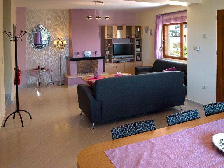 Villa ISMINI: 2 bedrooms, 2 bahtrooms, private pool, 6 persons.  Rethymno region.