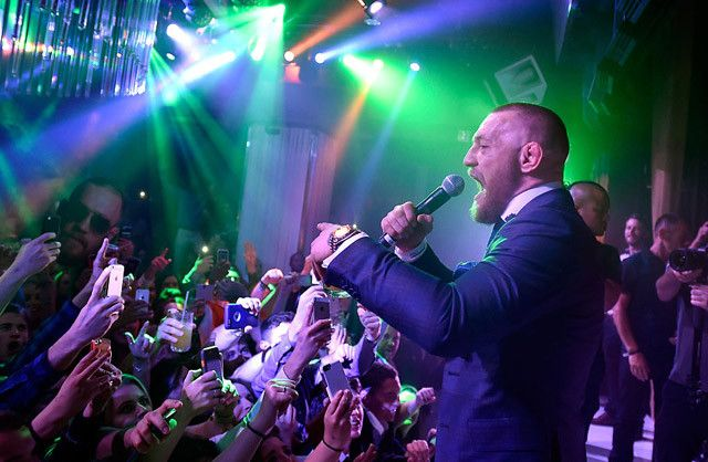Conor McGregor Showed Up Uninvited To Jennifer Lopez's Birthday Party And, Of Course, Things Got Wild - http://viralfeels.com/conor-mcgregor-showed-up-uninvited-to-jennifer-lopezs-birthday-party-and-of-course-things-got-wild/