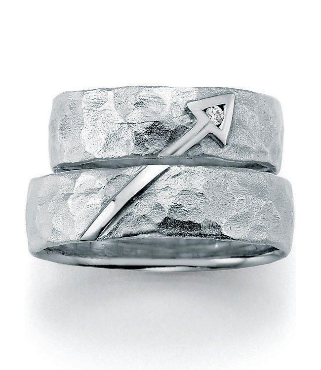 1000 ideas about ausgefallene eheringe on pinterest partnerringe wedding bands and wedding ring. Black Bedroom Furniture Sets. Home Design Ideas