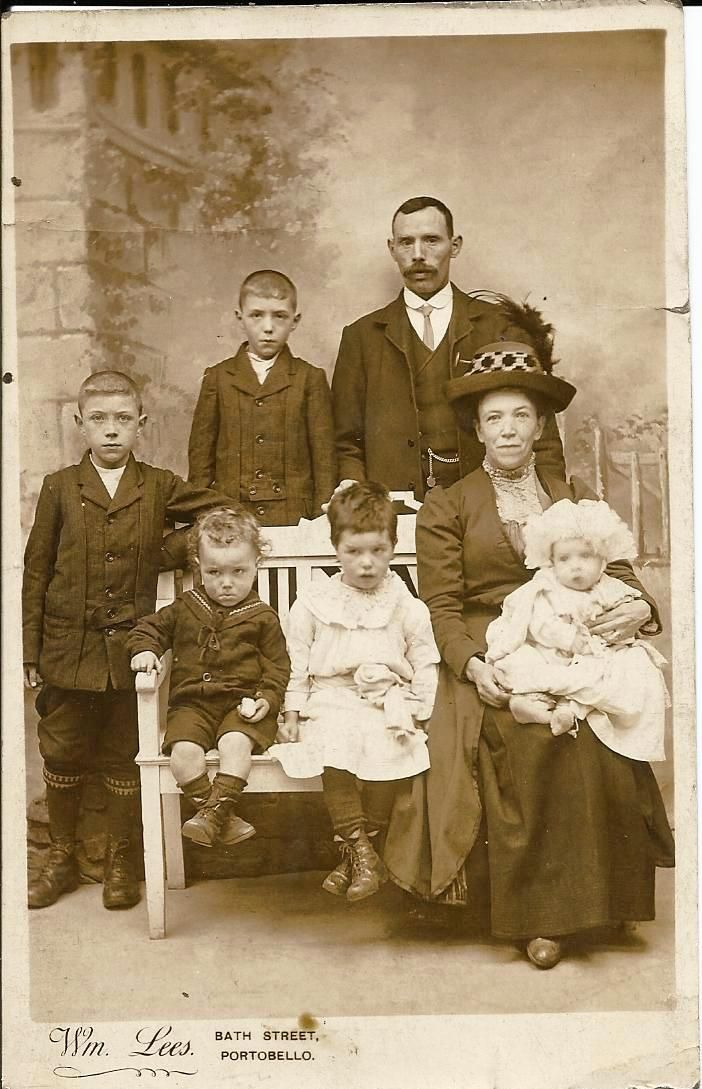 The Edwardian Family: Ulster family in Edinburgh circa 1910 Personal collection