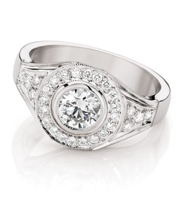 how to choose an engagement ring to suit your hand