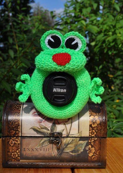 Frosch Fotografen Helfer, Spielzeug auf Objektiv von Strick mit Liebe auf DaWanda.com