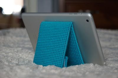 plastic canvas iPad Mini Stand