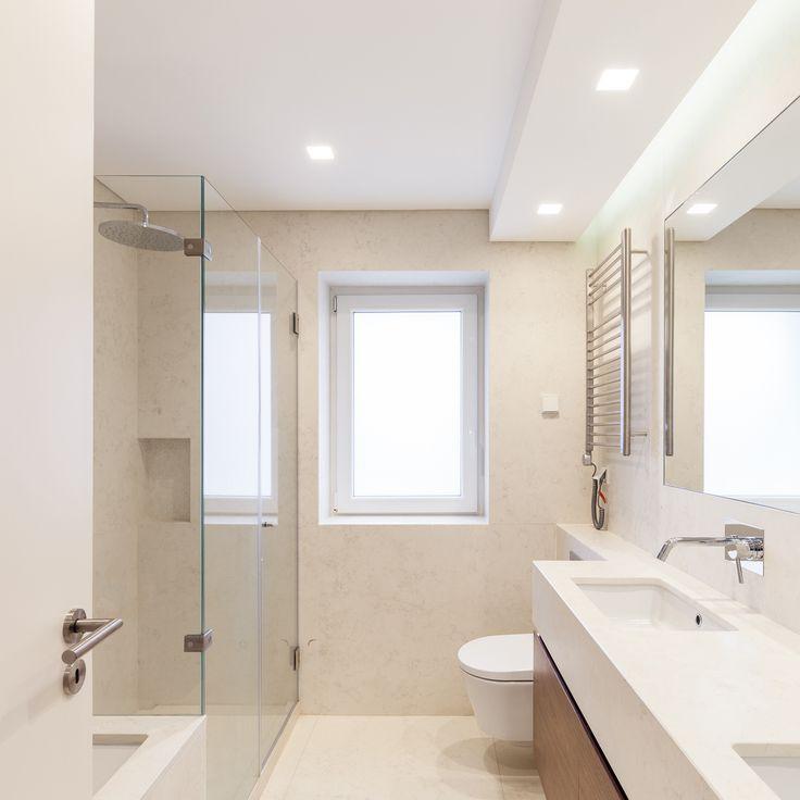 Fragmentos de Arquitectura | Travessa das Necessidades | Arquitetura | Architecture | Atelier | Design | Indoor | Details | White | Minimal | Stairs | Minimalism | White | Bathroom
