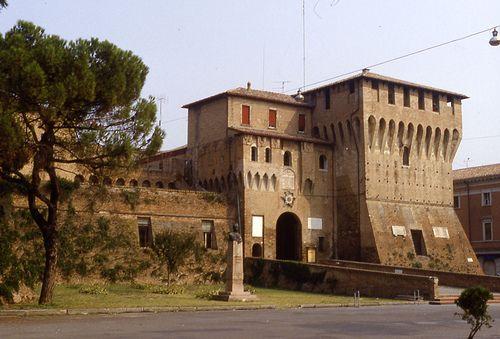 Lugo - Emilia Romagna - castello. 44°25′00″N 11°55′00″E