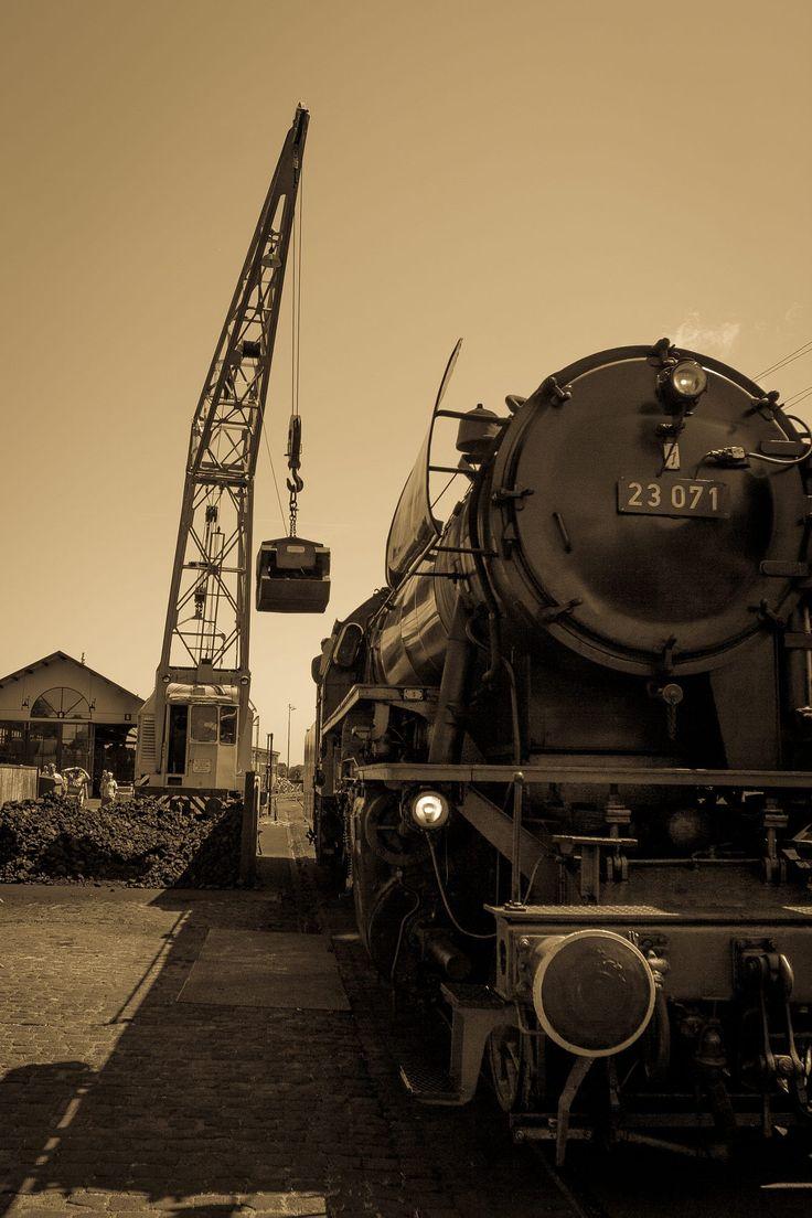 coal refill by Martijn Eilander