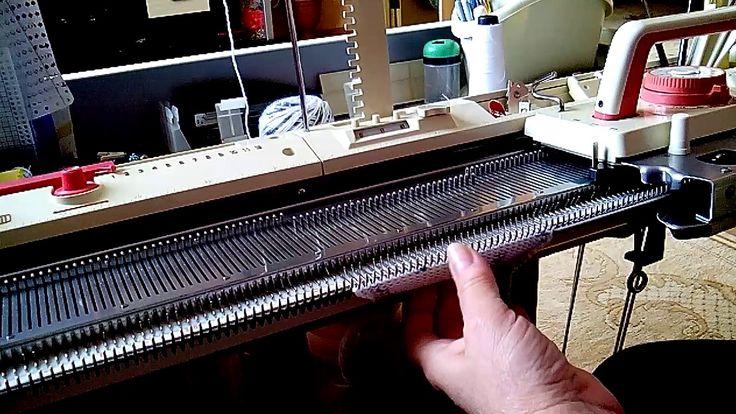 Второй способ вязания ластика/ резинки/ на любой однофонтурной машине.