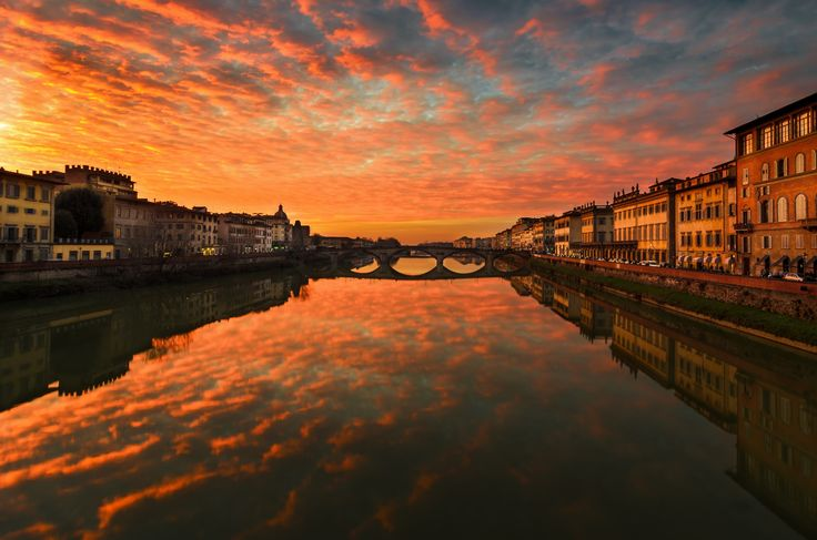 Tramonto a Firenze - Ponte Santa Trinità.. by Marco Boz on 500px